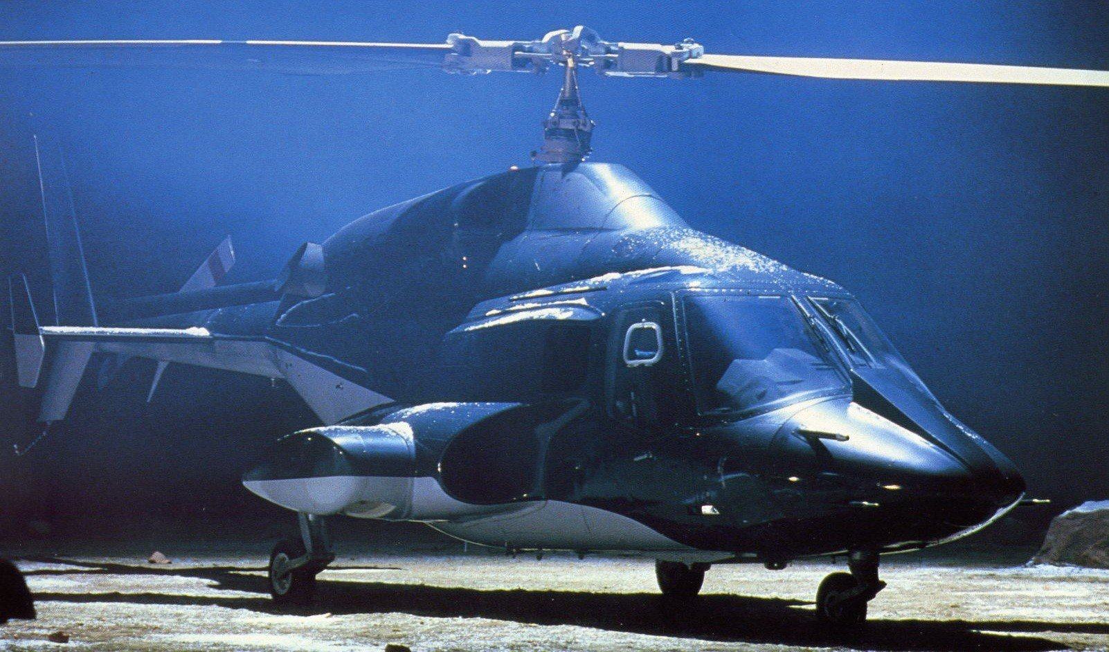 「超音速攻撃ヘリ・エアーウルフ」のあらすじ