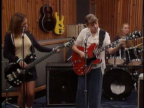 シーズン8 エピソード18 チョベリバ・バンド